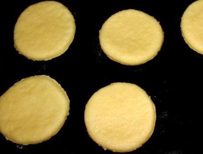 Печенье из песочного теста на сметане