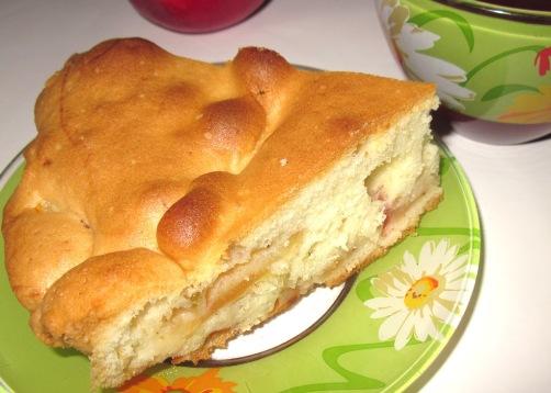 Яблочный пирог на кефире - быстро, просто, экономно