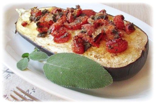 Запеченные баклажаны с помидорной заправкой - просто, вкусно и полезно