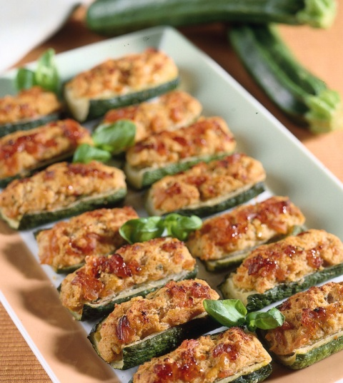 Фаршированные кабачки - самый простой рецепт