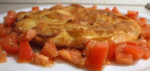 Картофельная тортилья - знаменитый испанский омлет по простому рецепту