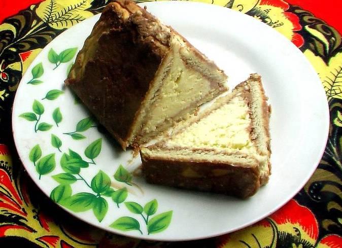 Торт домик из печенья с бананом